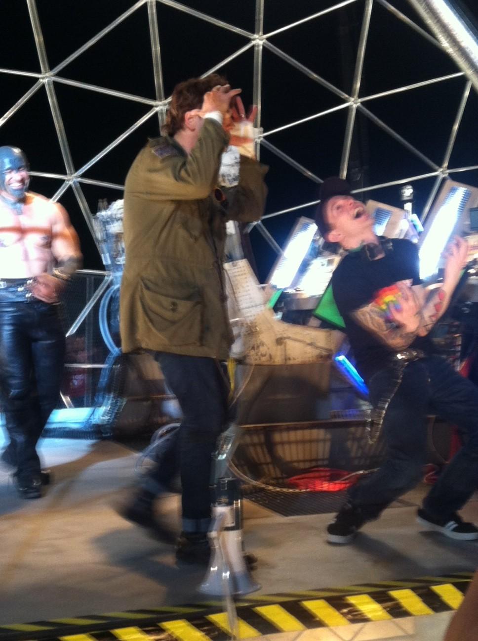 Gerard Way Bamboozle 2012 Deadmau5 ft gerard wayGerard Way Bamboozle 2012